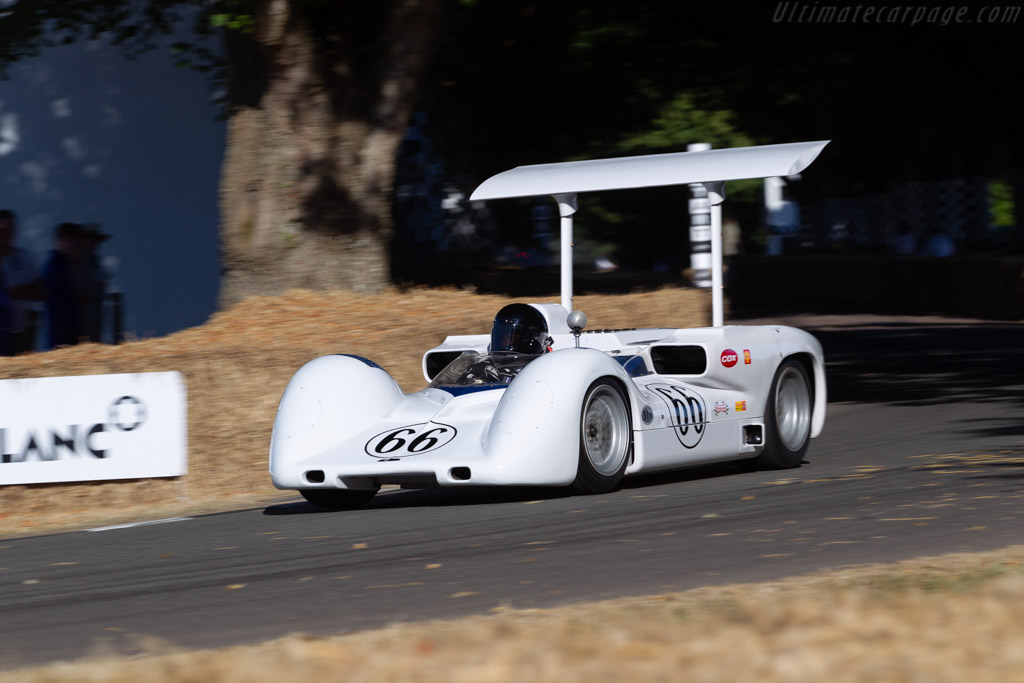 Chaparral 2E C  - Entrant: Jim Hall - Driver: Kai Anderson  - 2018 Goodwood Festival of Speed