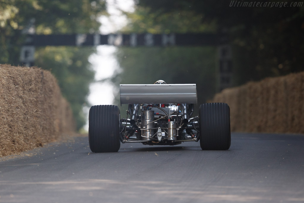 McLaren M10B Chevrolet - Chassis: 400-06 - Entrant / Driver Mark Longmore  - 2018 Goodwood Festival of Speed