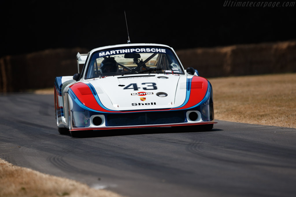 Porsche 935 Moby Dick - Chassis: 935-006 - Entrant: Porsche Museum - Driver: Manfred Schurti  - 2018 Goodwood Festival of Speed