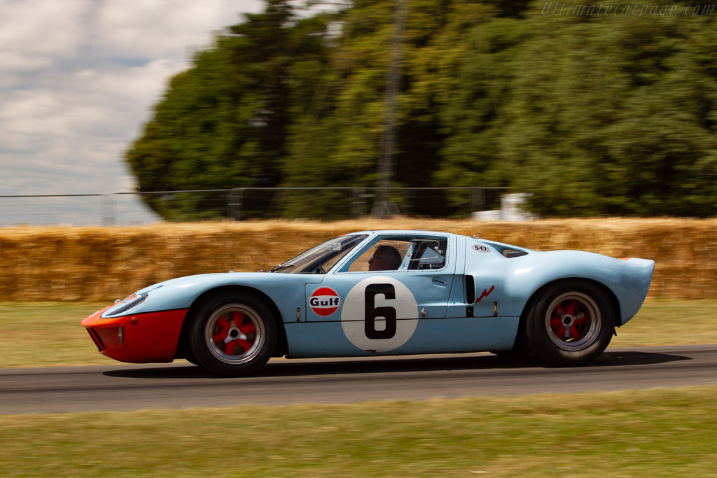 Ford GT40 - Chassis: GT40P/1075 - Entrant / Driver Rob Walton - 2019 Goodwood Festival of Speed