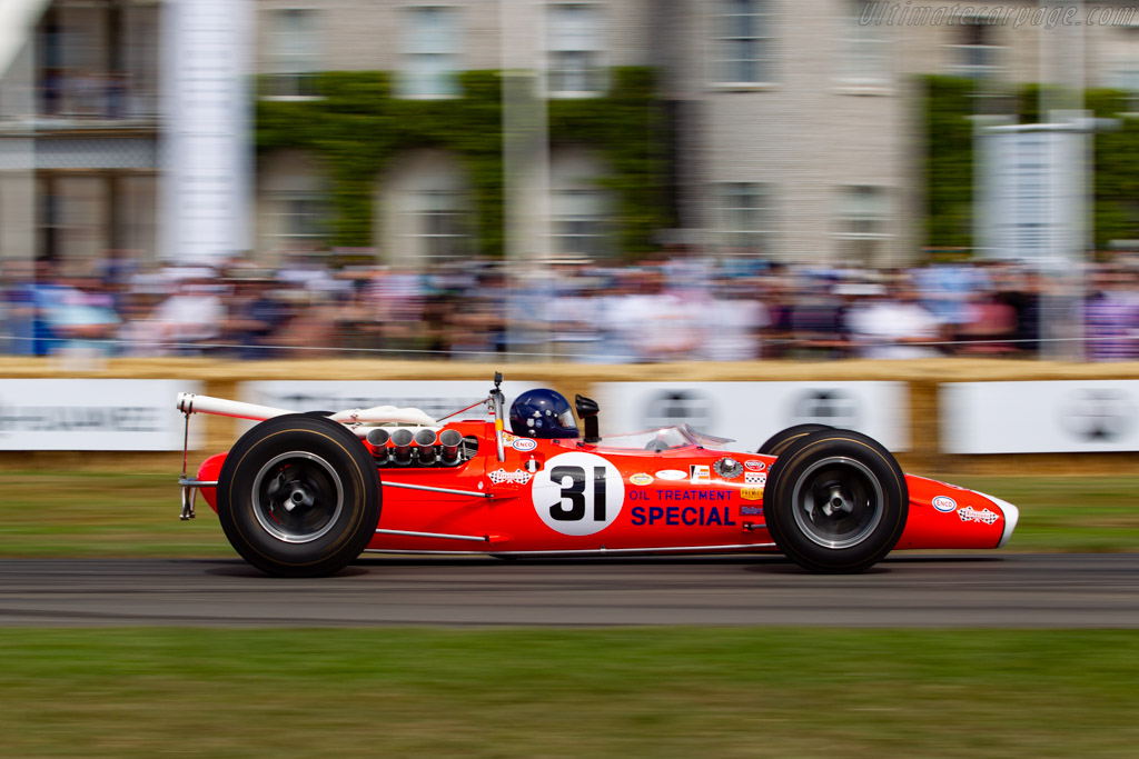 Lotus 38 - Chassis: 38/7 - Entrant / Driver Nick Fennell  - 2019 Goodwood Festival of Speed
