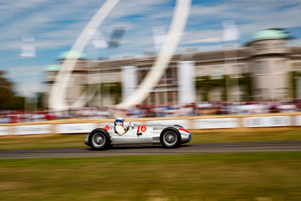Mercedes-Benz W165 - Chassis: 449547/2 - Entrant: Mercedes-Benz Classic - Driver: Jochen Mass / Karl Wendlinger - 2019 Goodwood Festival of Speed