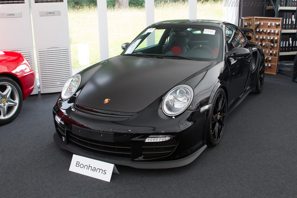 Porsche 911 GT2 RS Coupe - Chassis: WP0ZZZ99ZBS776186   - 2017 Goodwood Festival of Speed