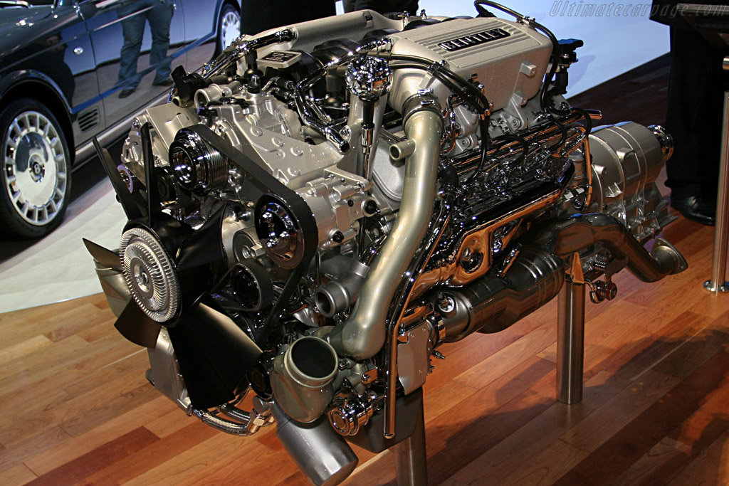 200,000th hand-made Bentley engine    - 2007 Geneva International Motor Show