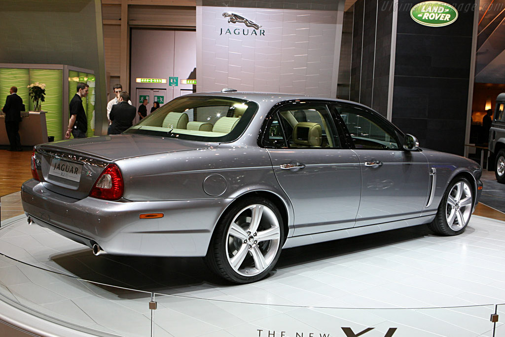 Jaguar XJR    - 2007 Geneva International Motor Show