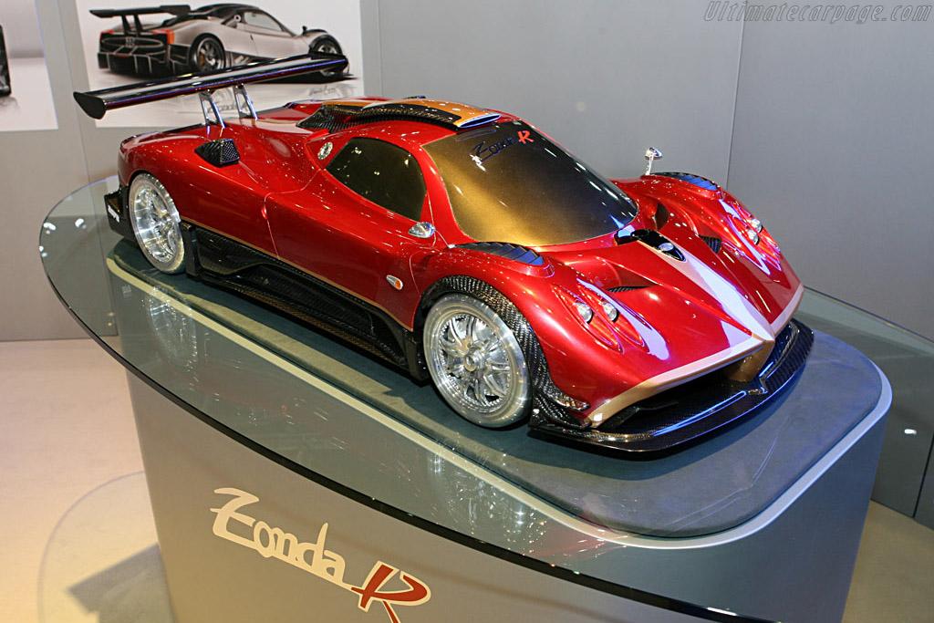 Pagani Zonda R    - 2007 Geneva International Motor Show