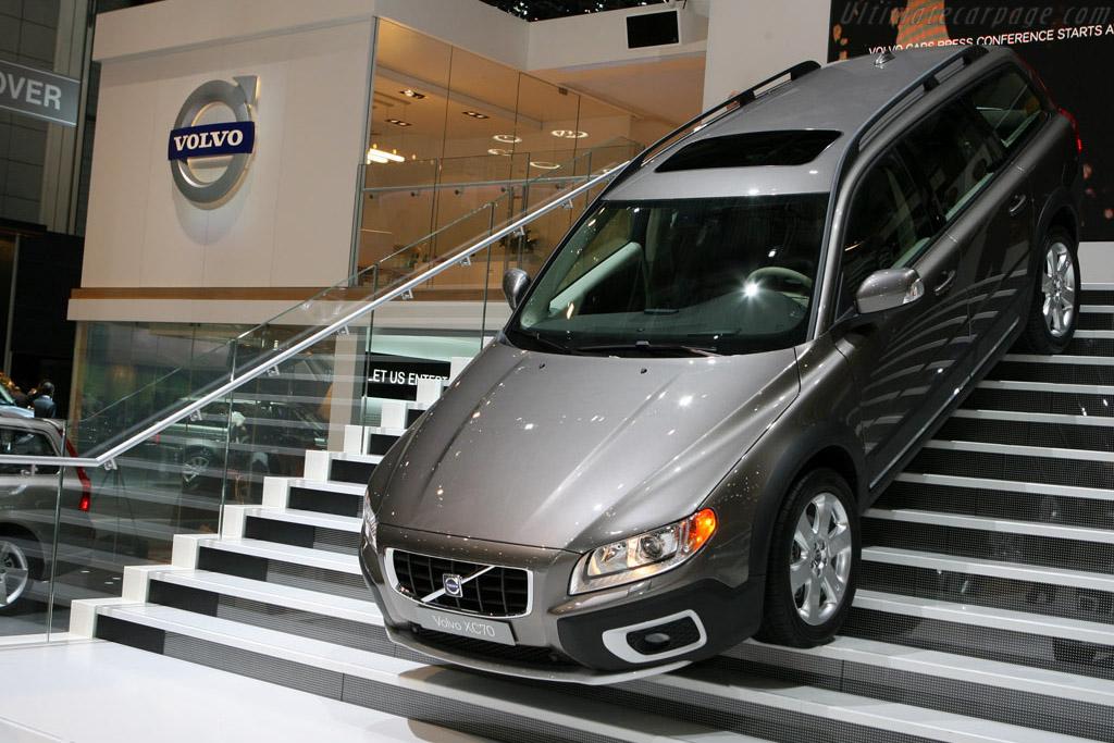 Volvo XC70    - 2007 Geneva International Motor Show
