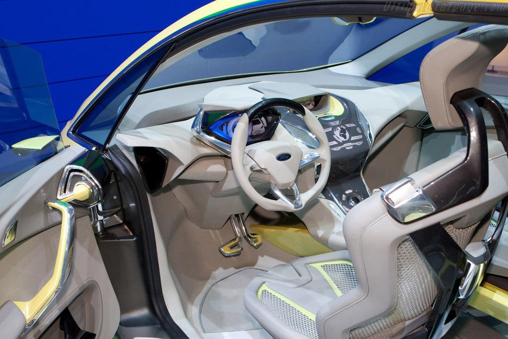 Ford iosis Max Concept    - 2009 Geneva International Motor Show