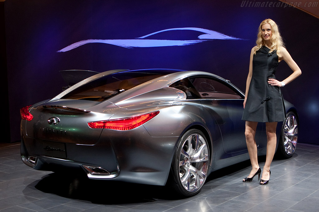 Infiniti Essence Concept    - 2009 Geneva International Motor Show