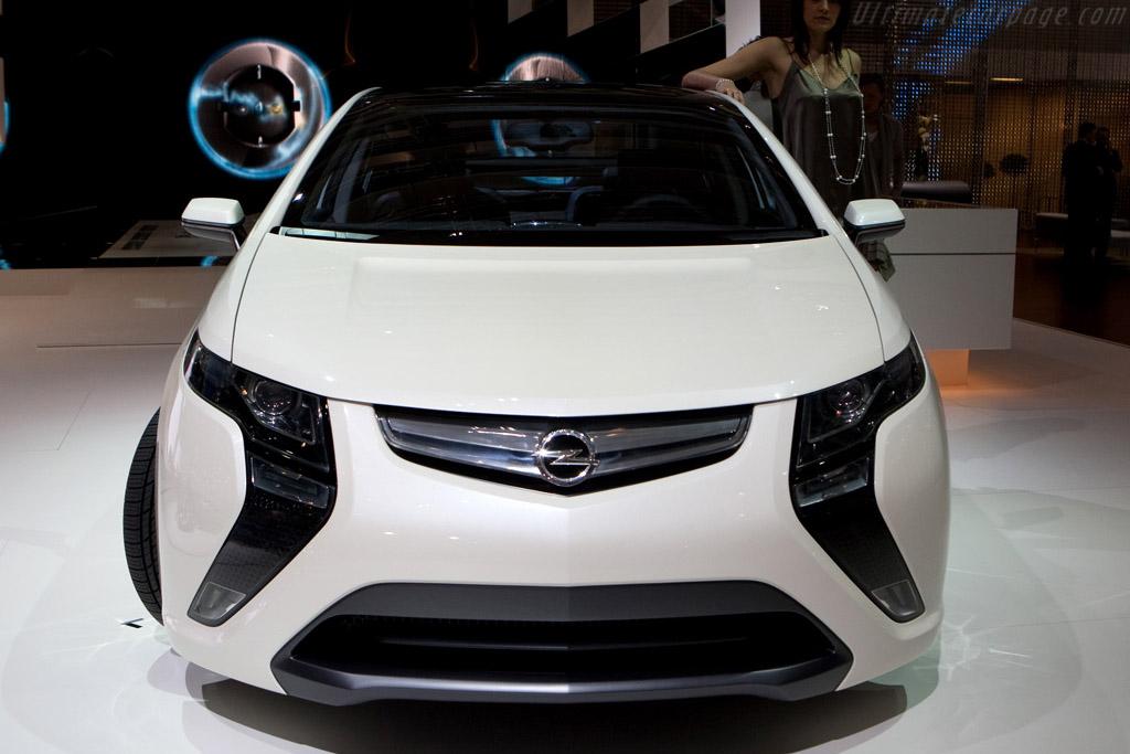 Opel Ampera Concept    - 2009 Geneva International Motor Show