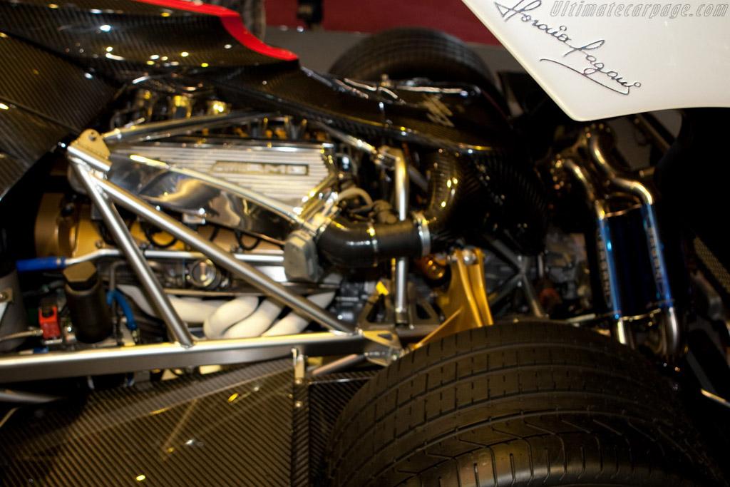 Pagani Zonda Cinque    - 2009 Geneva International Motor Show