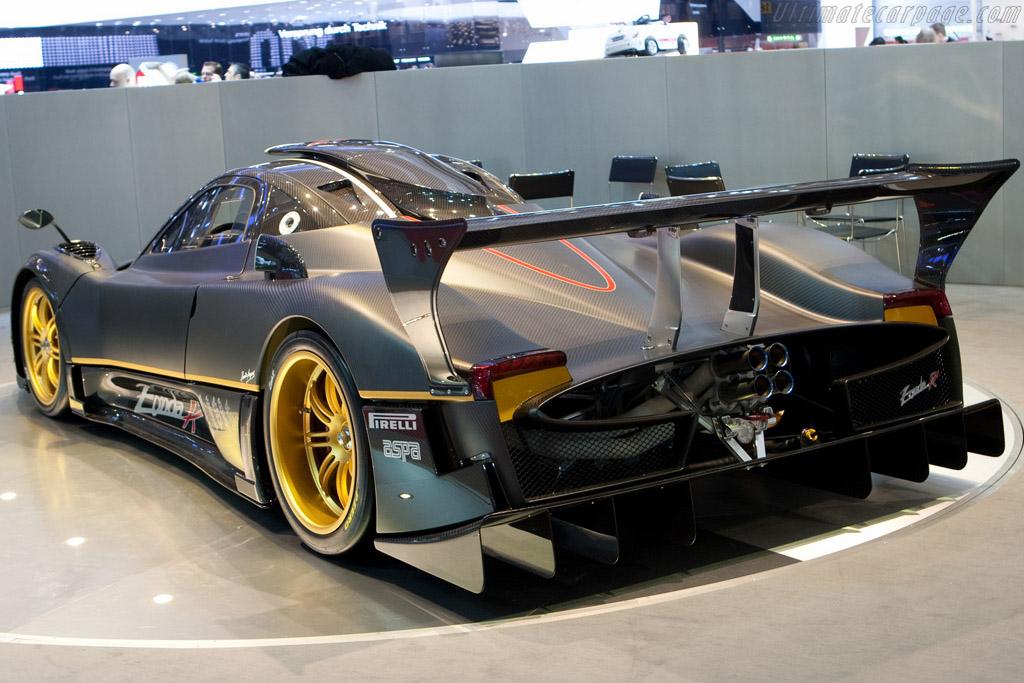 Pagani Zonda R - Chassis: ZR02   - 2009 Geneva International Motor Show