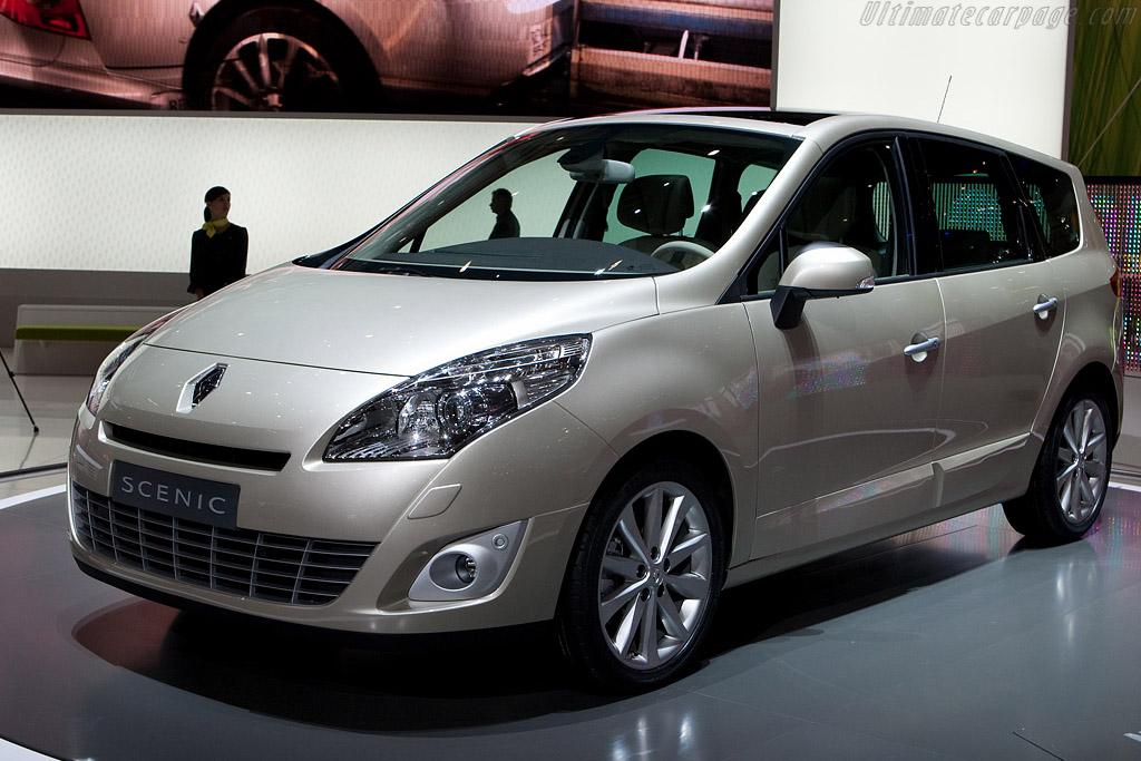 Renault Grand Scenic    - 2009 Geneva International Motor Show