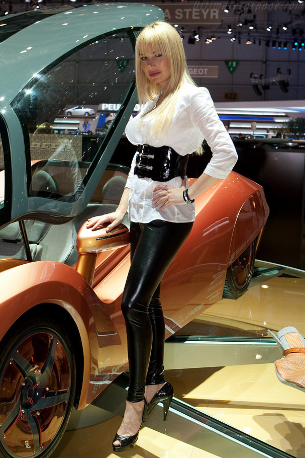 Rinspeed iChange    - 2009 Geneva International Motor Show