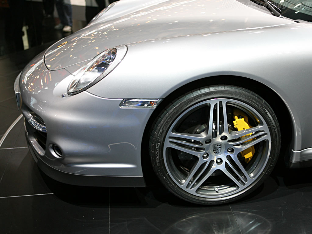 Porsche 997 Turbo    - 2006 Geneva International Motor Show
