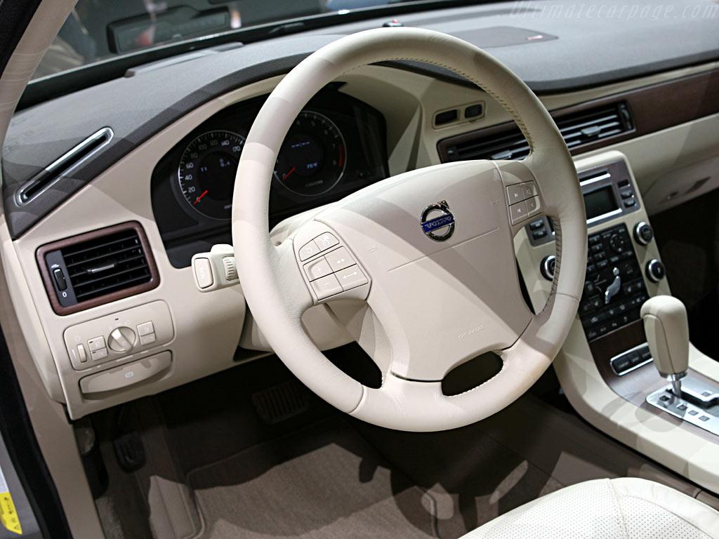 Volvo S80    - 2006 Geneva International Motor Show