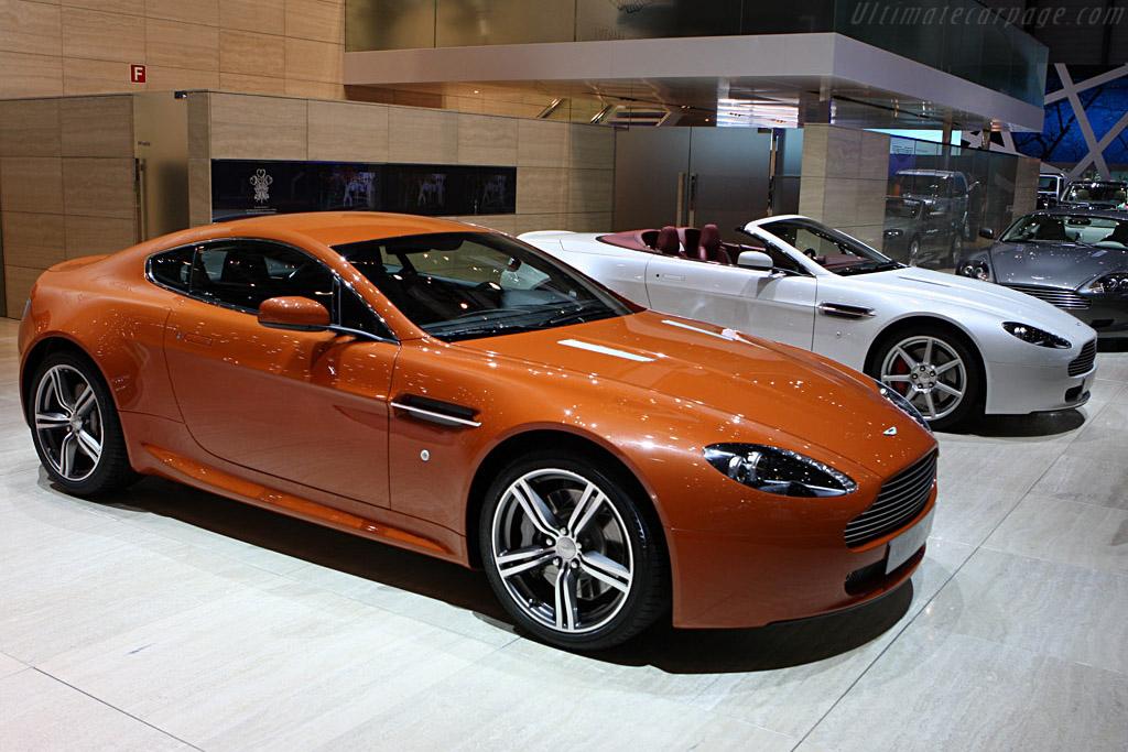 Aston martin v8 vantage 2008 geneva international motor show