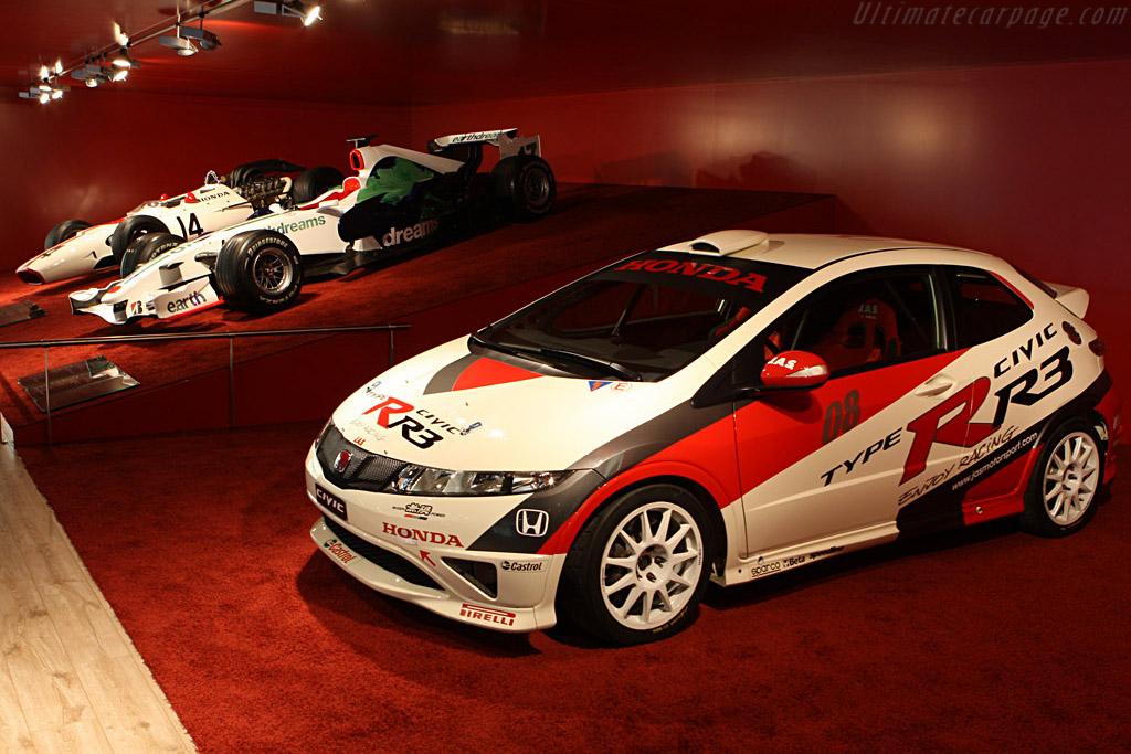 Honda Racing    - 2008 Geneva International Motor Show