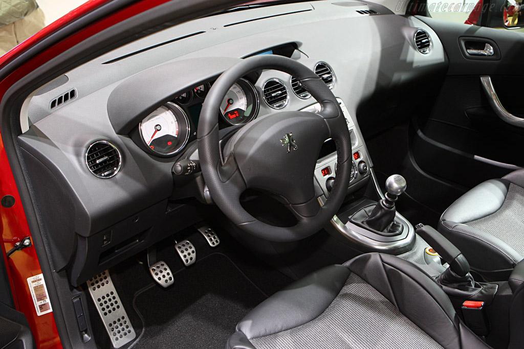 Peugeot 308 GT    - 2008 Geneva International Motor Show