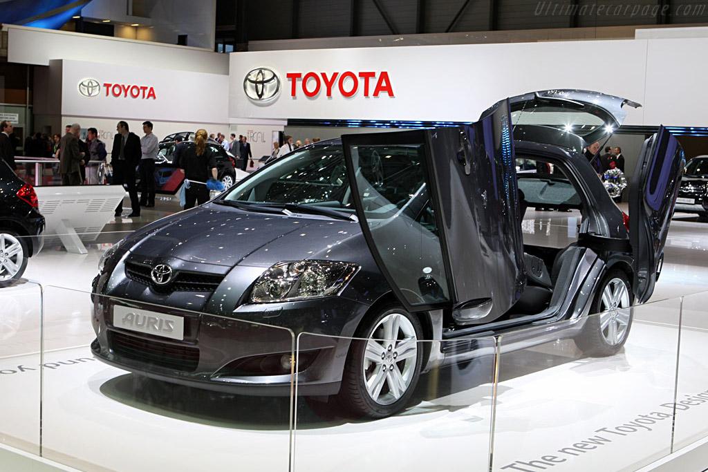 Toyota Corolla Verso    - 2008 Geneva International Motor Show