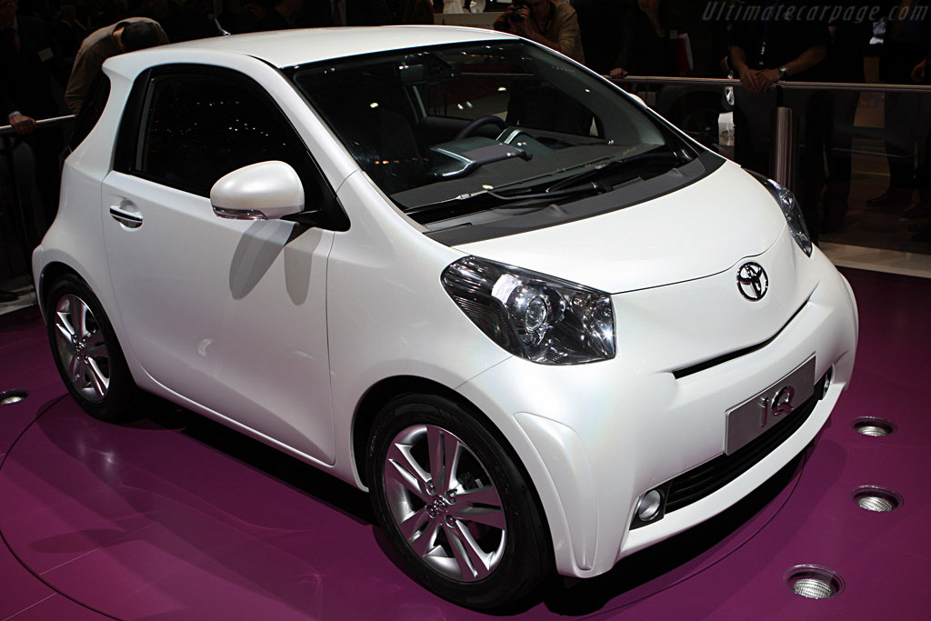 Toyota IQ    - 2008 Geneva International Motor Show