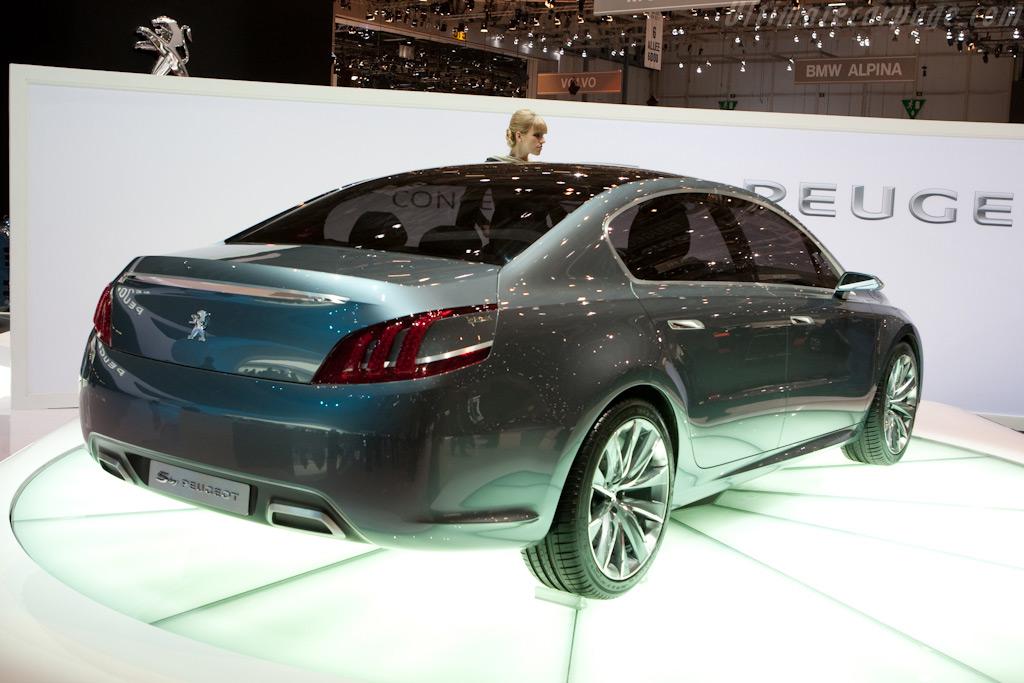 5 Concept by Peugeot    - 2010 Geneva International Motor Show