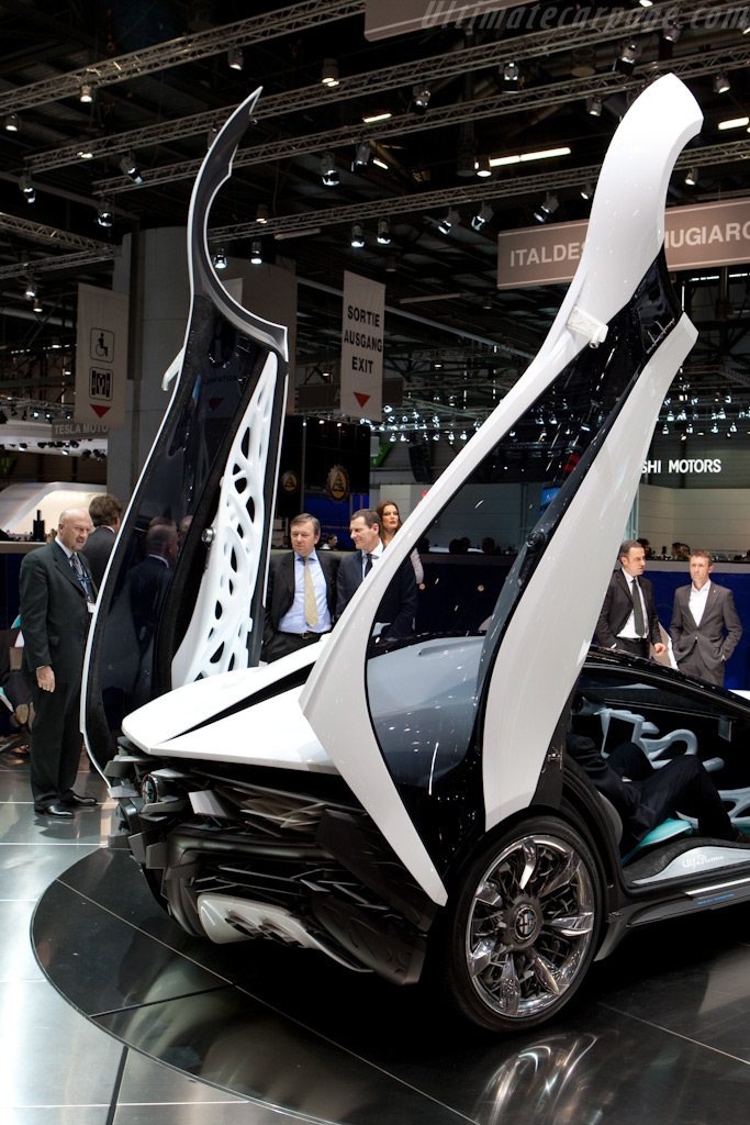Alfa Romeo Pandion Bertone Coupe    - 2010 Geneva International Motor Show