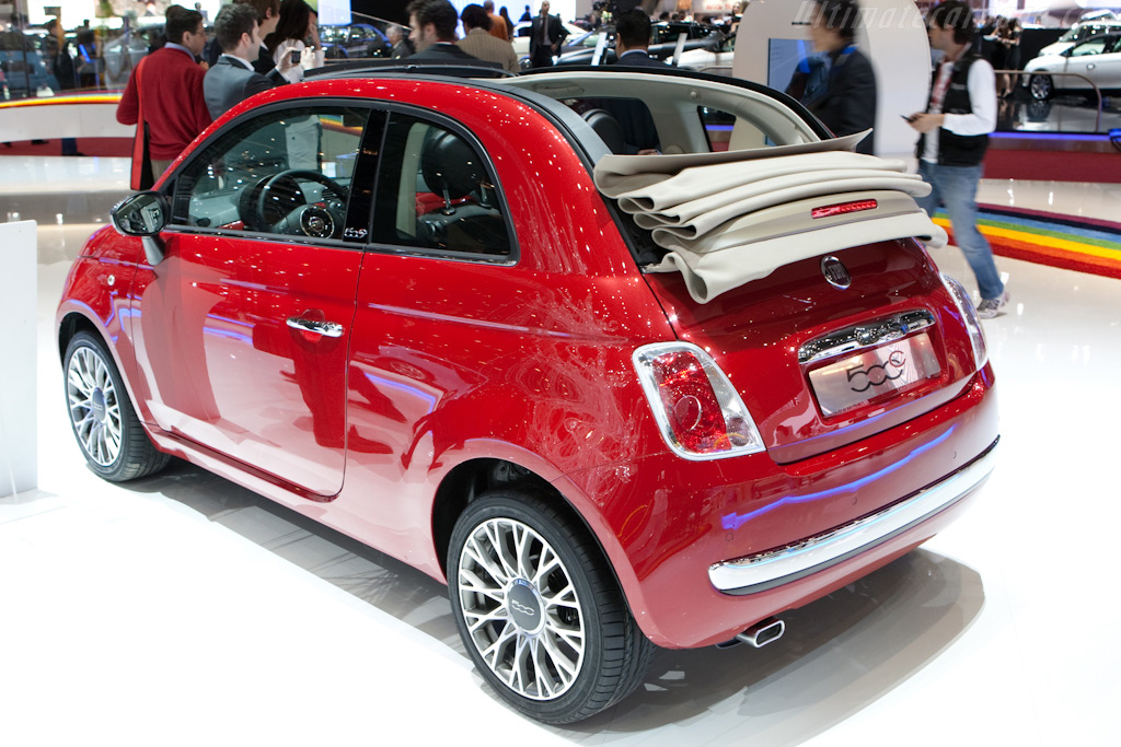 Fiat 500C    - 2010 Geneva International Motor Show