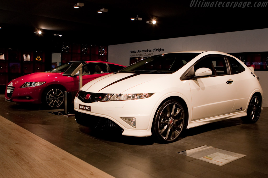 Honda Civic Type R    - 2010 Geneva International Motor Show
