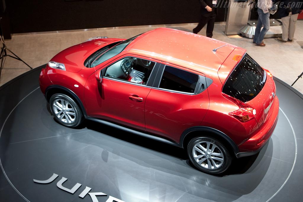 Nissan Juke    - 2010 Geneva International Motor Show