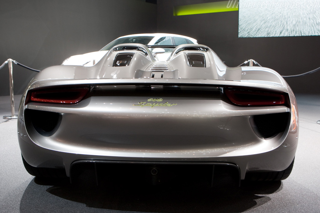 Porsche 918 Spyder    - 2010 Geneva International Motor Show