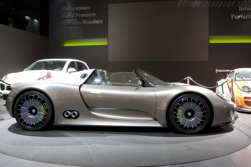 Porsche 918 Spyder 2010 Geneva International Motor Show