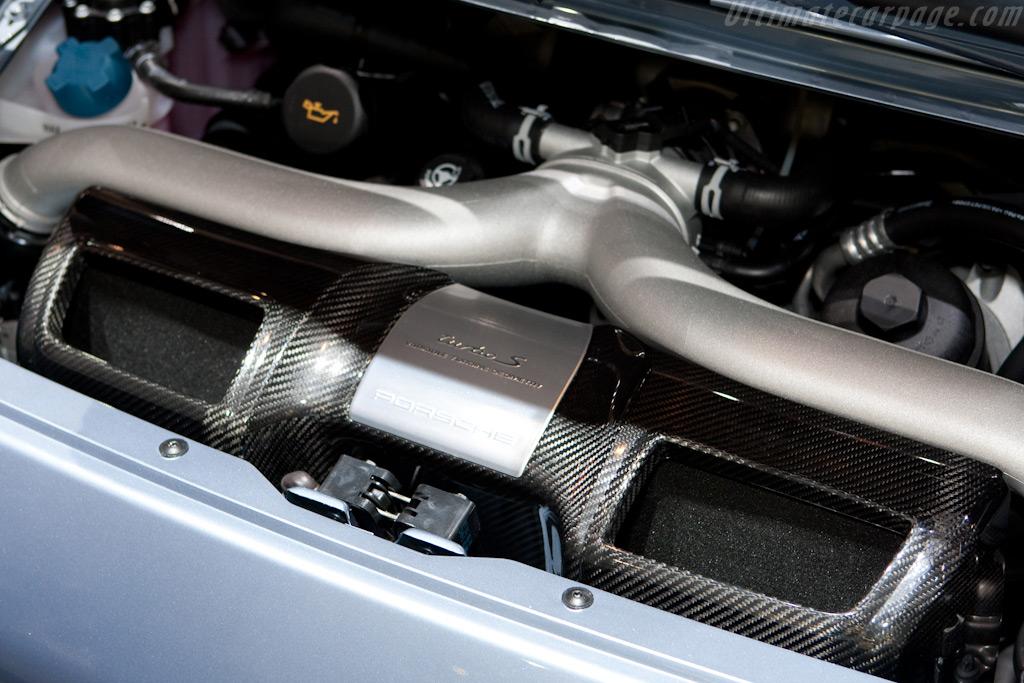 Porsche 997 Turbo S    - 2010 Geneva International Motor Show