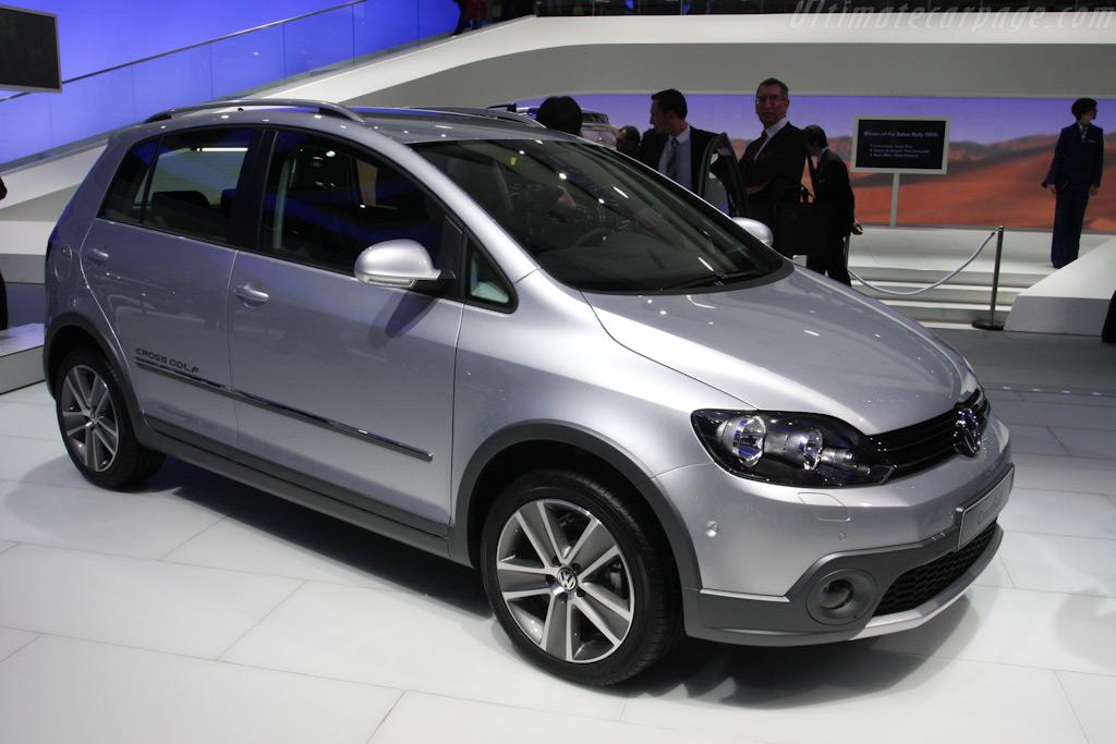 Volkswagen Cross Golf    - 2010 Geneva International Motor Show