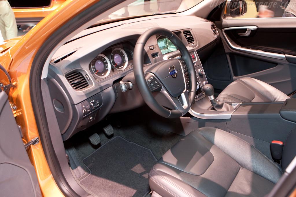 Volvo S60    - 2010 Geneva International Motor Show