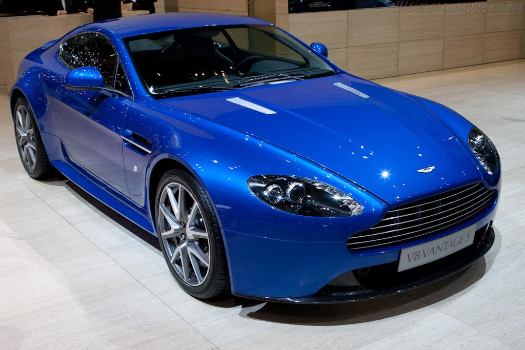 Aston Martin V8 Vantage S    - 2011 Geneva International Motor Show