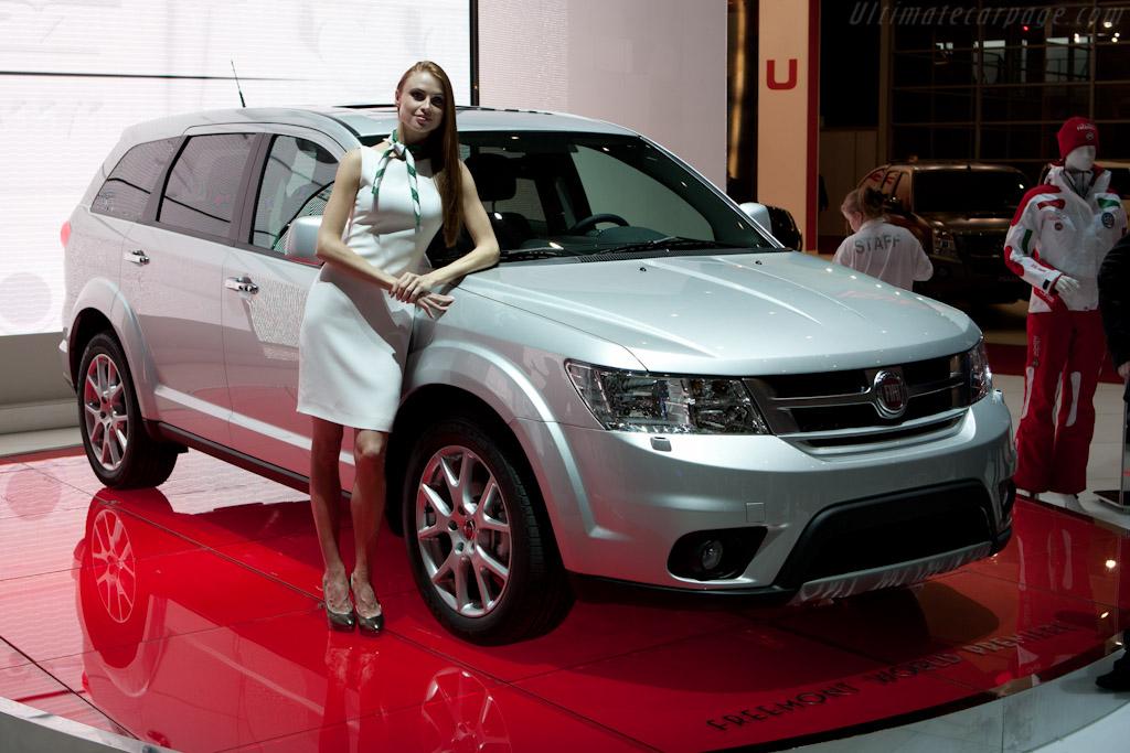 Fiat Freemont    - 2011 Geneva International Motor Show