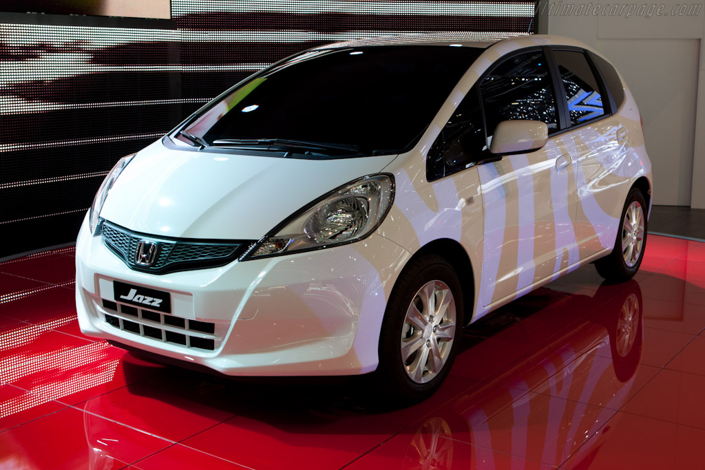 Honda Jazz    - 2011 Geneva International Motor Show