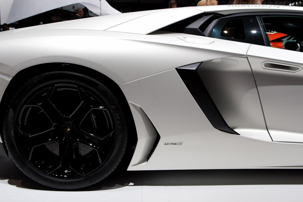 Lamborghini Aventador LP700-4    - 2011 Geneva International Motor Show
