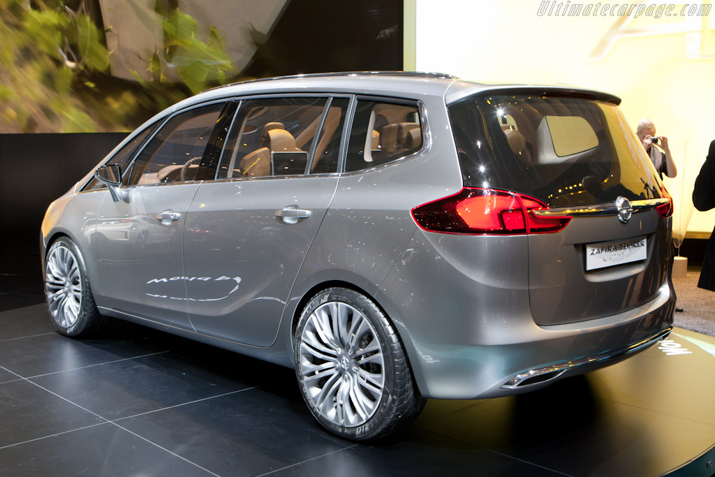 Opel Zafira Tourer Concept    - 2011 Geneva International Motor Show