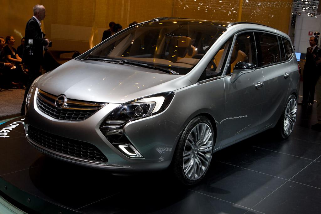 Opel Zafira Tourer Concept    - 2011 Geneva International Motor Show