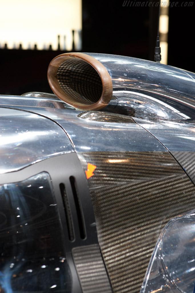 Peugeot 908 Hybrid4    - 2011 Geneva International Motor Show