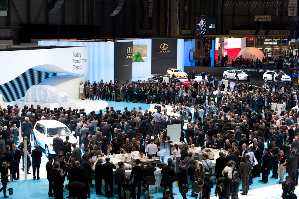 Under Cover    - 2011 Geneva International Motor Show