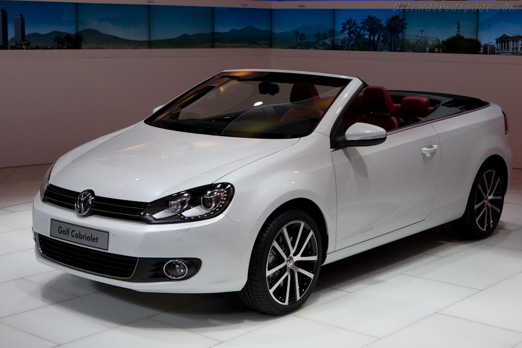 Volkswagen Golf Cabriolet    - 2011 Geneva International Motor Show