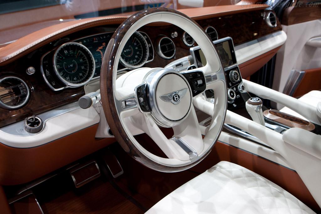 Bentley EXP 9 F   - 2012 Geneva International Motor Show