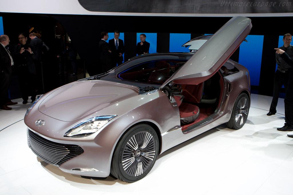 Hyundai i-onic Concept    - 2012 Geneva International Motor Show