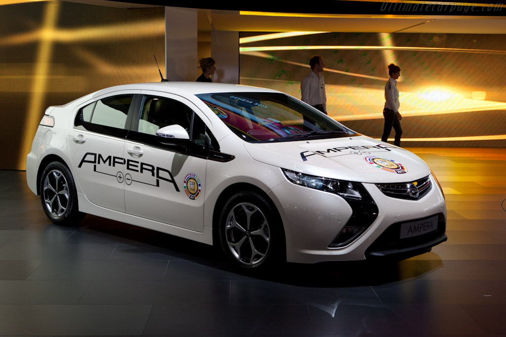 Opel Ampera    - 2012 Geneva International Motor Show