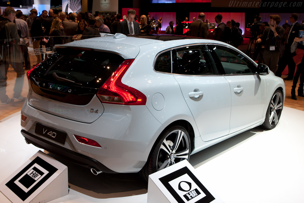 Volvo V40    - 2012 Geneva International Motor Show