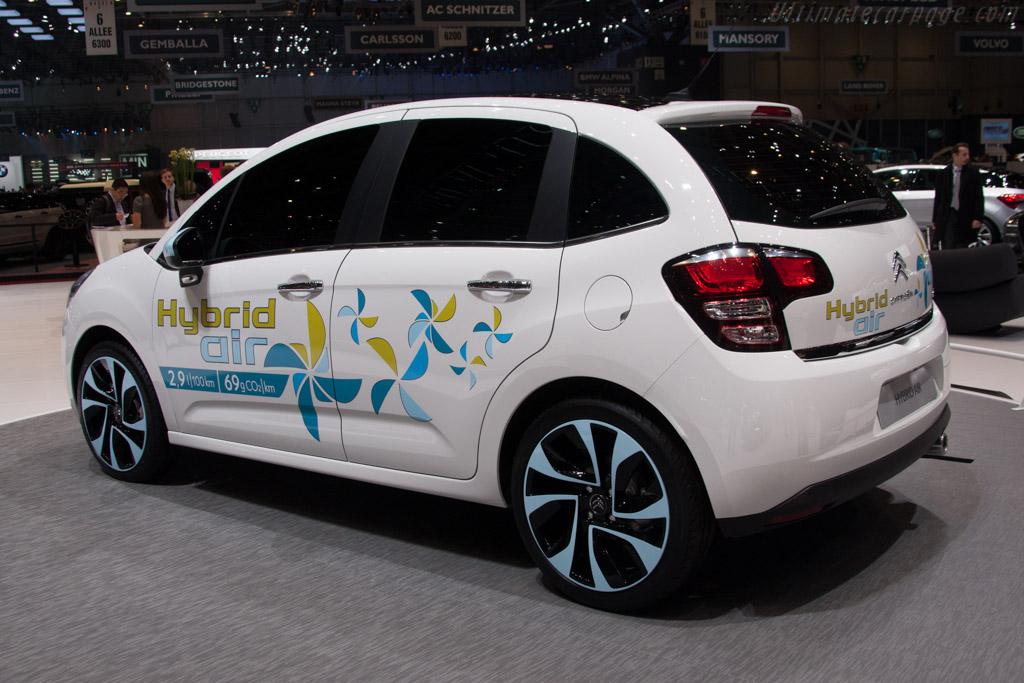 Citroën Hybrid Air    - 2013 Geneva International Motor Show