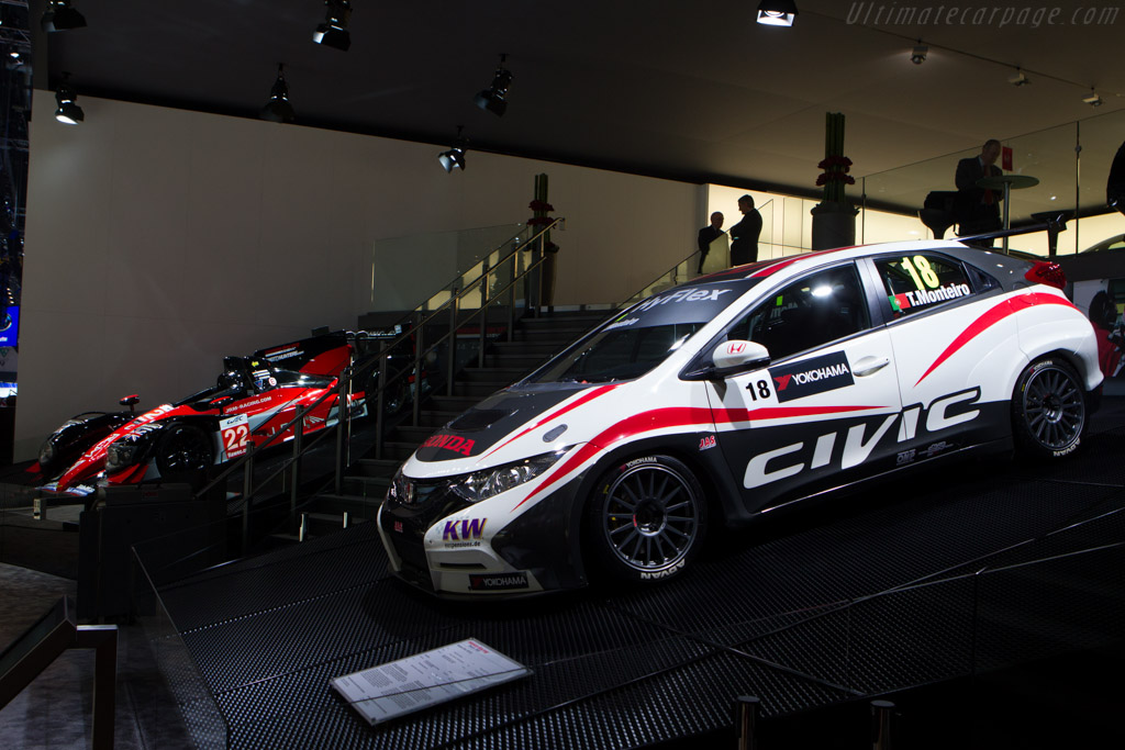 Honda Civic WTCC    - 2013 Geneva International Motor Show